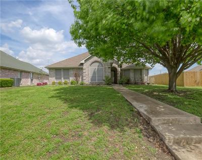 Garland Single Family Home For Sale: 2834 Kingswood Drive