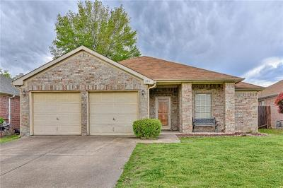 Grand Prairie Single Family Home Active Contingent: 3311 Beatty Drive