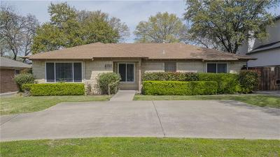 Single Family Home For Sale: 6717 Walnut Hill Lane