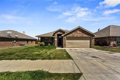White Settlement Single Family Home For Sale: 9208 Arlene Drive