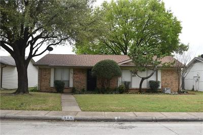 Collin County Single Family Home Active Option Contract: 904 Roaming Road Drive