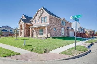 Grand Prairie Single Family Home Active Option Contract: 2232 Palmer Trail SE