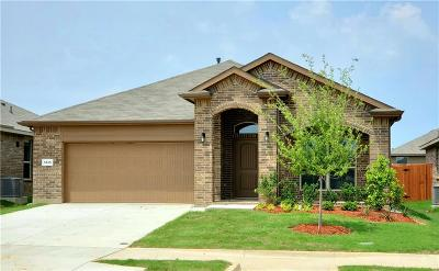 Tarrant County Single Family Home For Sale: 1025 Spanish Needle Trail