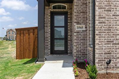 Farmers Branch Single Family Home For Sale: 1565 Amesbury Way