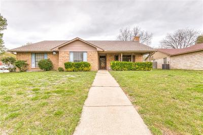 Benbrook Single Family Home Active Option Contract: 9812 Leland Lane