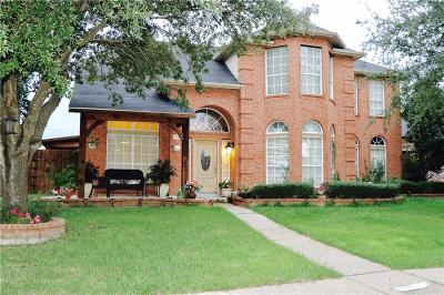 Mesquite Single Family Home For Sale: 920 Sumner Drive