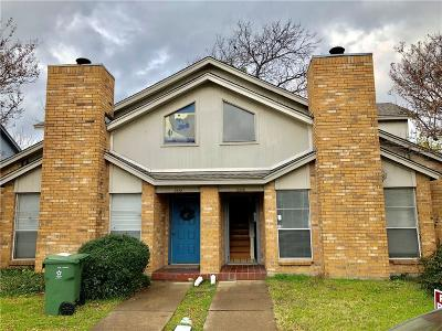Arlington Multi Family Home For Sale: 2320 Summer Place Drive