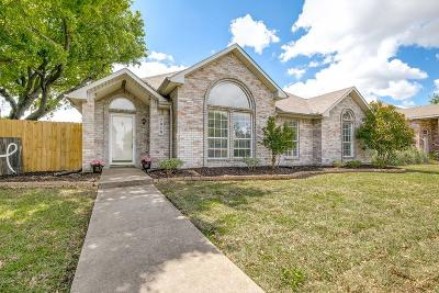 Rowlett Single Family Home For Sale: 7010 Alissa Drive