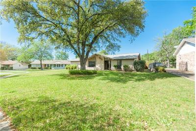 Farmers Branch Single Family Home For Sale: 14445 Southern Pines Court