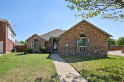 Mansfield Single Family Home For Sale: 4517 Ridgeway Drive
