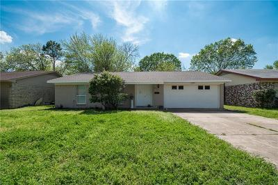 Grand Prairie Single Family Home Active Option Contract: 517 W Ferndale Lane