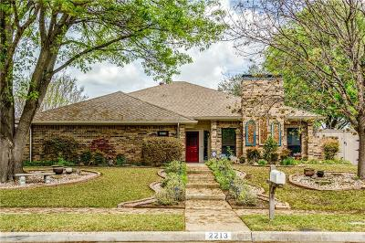 Plano Single Family Home For Sale: 2213 Cliffside Drive