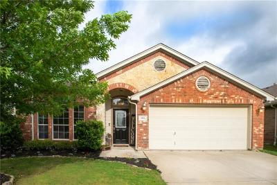 Fort Worth Single Family Home For Sale: 5801 Red Drum Drive