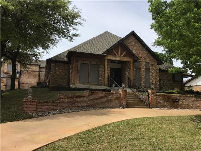 Grand Prairie Single Family Home For Sale: 3633 Green Hollow Drive