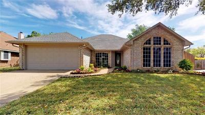 Flower Mound Single Family Home For Sale: 4990 Wolf Creek Trail