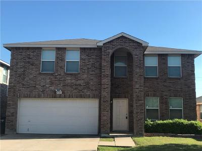 Tarrant County Single Family Home For Sale: 4125 German Pointer Way