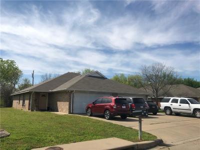 Joshua Multi Family Home For Sale: 116 Honey Bee Drive #118
