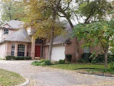 Fort Worth Single Family Home For Sale: 5844 Forest Bend Place