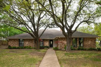 Benbrook Single Family Home For Sale: 10184 Wandering Way Street