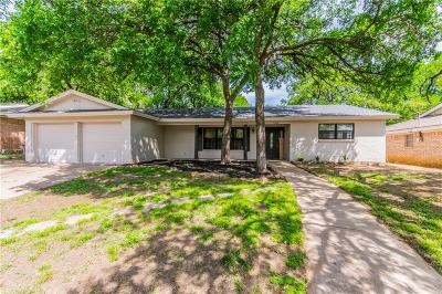 Bedford Single Family Home For Sale: 2308 Shady Grove Drive