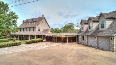 Van Single Family Home For Sale: 769 S Maple Avenue