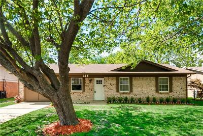 Seagoville Single Family Home Active Option Contract: 815 Hall Road