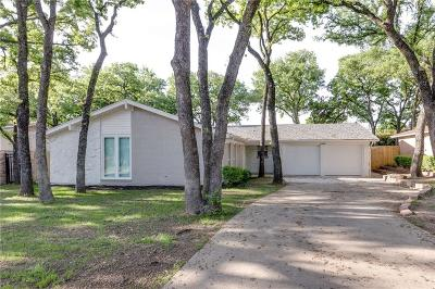 Euless Single Family Home For Sale: 1913 Toplea Drive
