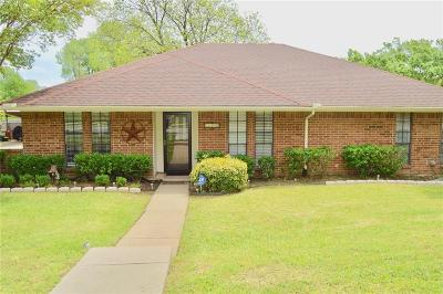 Single Family Home For Sale: 1306 Merrimac Trail