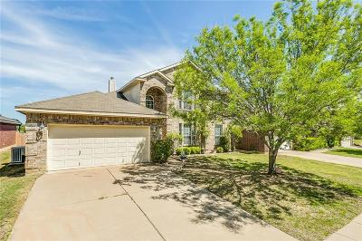 Burleson TX Single Family Home For Sale: $305,000