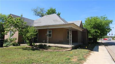 Fort Worth Single Family Home For Sale: 3331 Avenue G