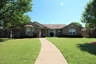 Rowlett Single Family Home For Sale: 3308 Bucknell Drive