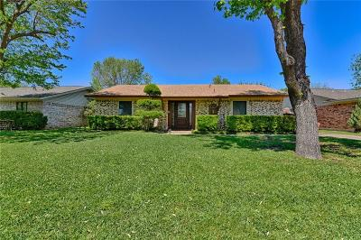 Grand Prairie Single Family Home Active Option Contract: 322 Forrest Hill Lane