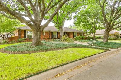 Fort Worth Single Family Home For Sale: 4508 Briarhaven Road