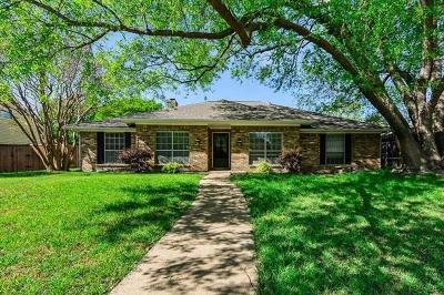 Plano Single Family Home For Sale: 2721 Deep Valley Trail