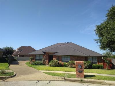 Irving Single Family Home For Sale: 4941 Longwood Court