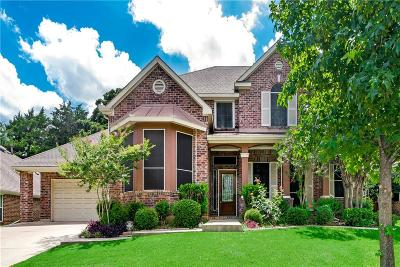 Grapevine Single Family Home For Sale: 913 Fall Creek