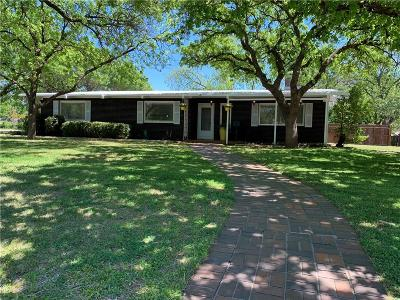 Young County Single Family Home For Sale: 1101 Rolling Hills Drive S