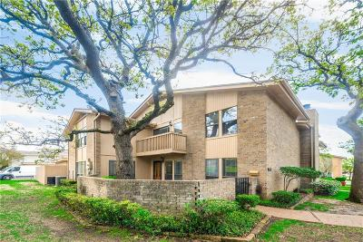 Bedford Residential Lease For Lease: 2910 Oak Shadow Circle