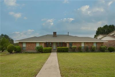 Rockwall, Fate, Heath, Mclendon Chisholm Single Family Home For Sale: 301 Carriage Trail