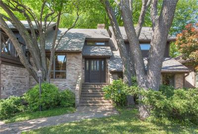 Fort Worth Single Family Home For Sale: 924 Roaring Springs Road