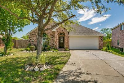 Euless Single Family Home For Sale: 503 Wade Court