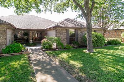 Denton County Half Duplex For Sale: 19009 Tupelo Lane