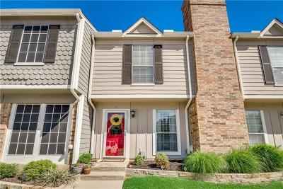 Euless Townhouse For Sale: 15 Abbey Road
