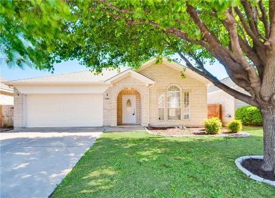 Fort Worth Single Family Home For Sale: 3608 Cripple Creek Trail