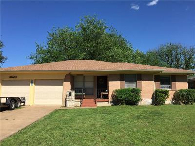 Garland Single Family Home For Sale: 2520 Livenshire Drive
