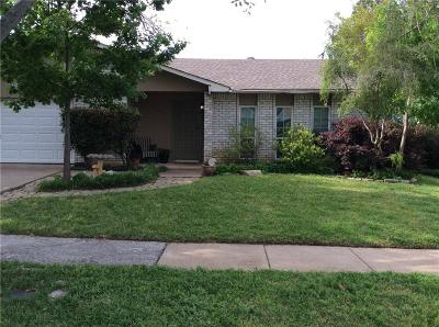 Arlington Single Family Home For Sale: 7006 Forestview Drive