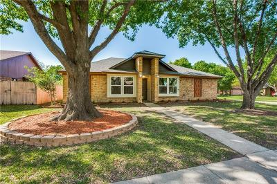 Garland Single Family Home For Sale: 2533 Dillon Drive