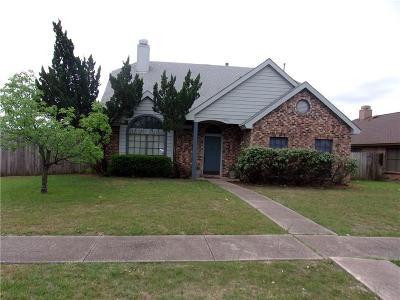 Grand Prairie Single Family Home For Sale: 2909 Trilene Drive