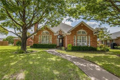 Rowlett Single Family Home For Sale: 8209 Portsmouth Drive