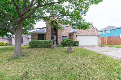 Arlington Single Family Home For Sale: 5606 Greenwich Drive